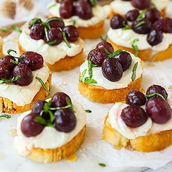 Roasted Grapes and Basil Crostini with Goat Cheese